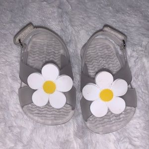 Old navy sandals (2 for $10)